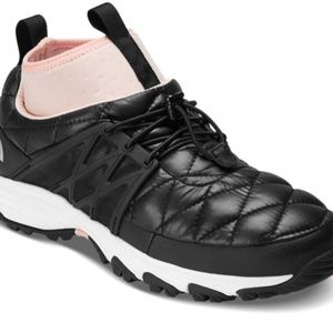 waterproof WOMEN'S THERMOBALL™ HC SNEAKER size 10